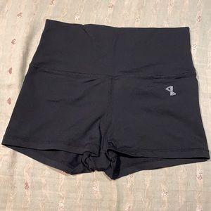 3/$30🌷Aritzia Park Life Bike Shorts Size S